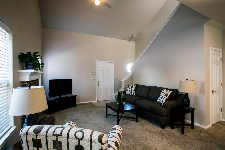 Three Bedroom Garden Home – Open Floor Plan