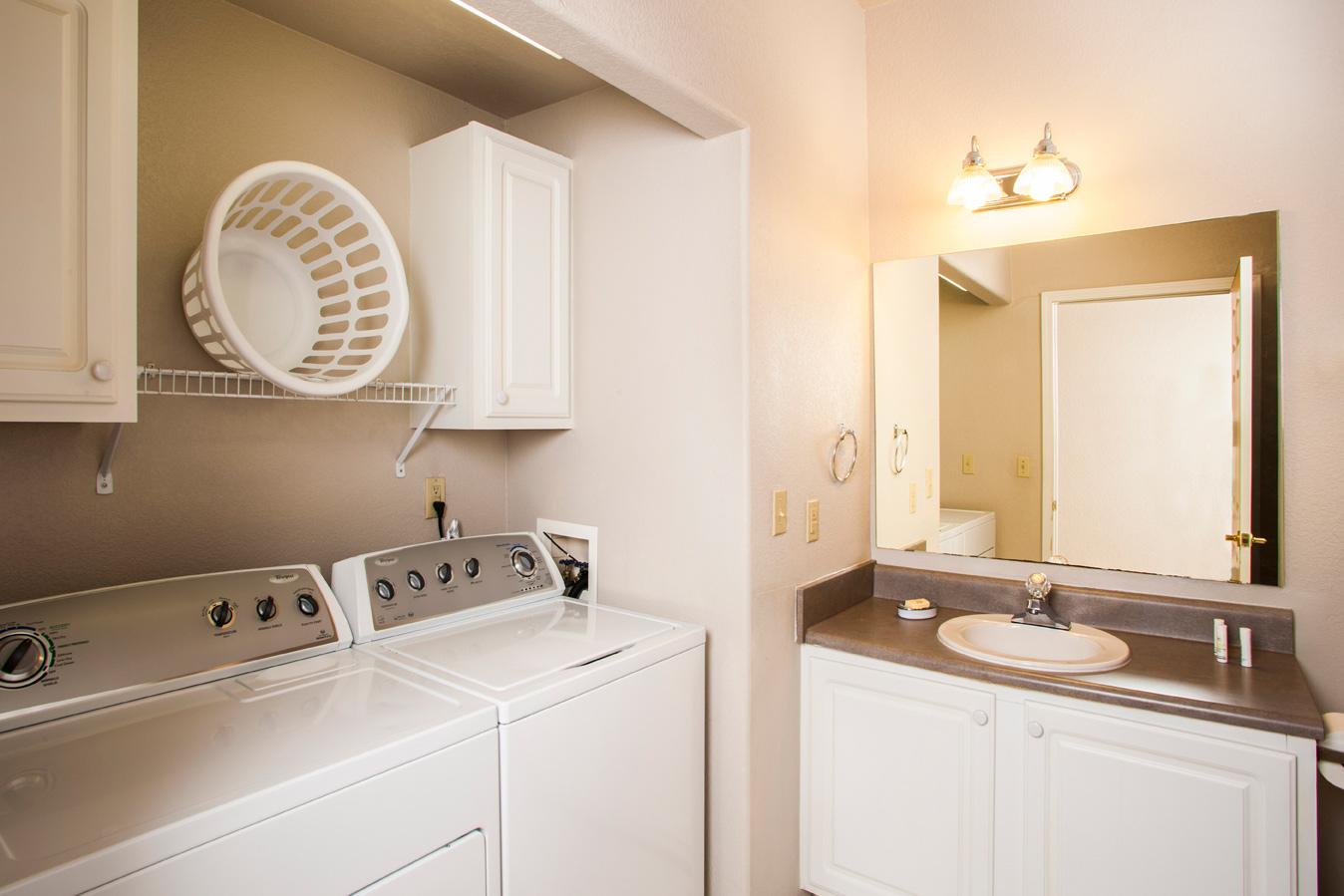 2 Bathroom Apartment