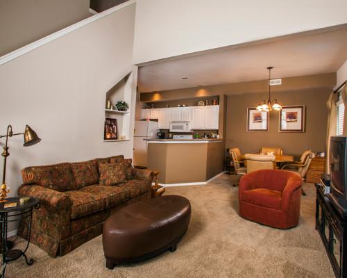 2 Bedroom End Townhome – Open Floor Plan